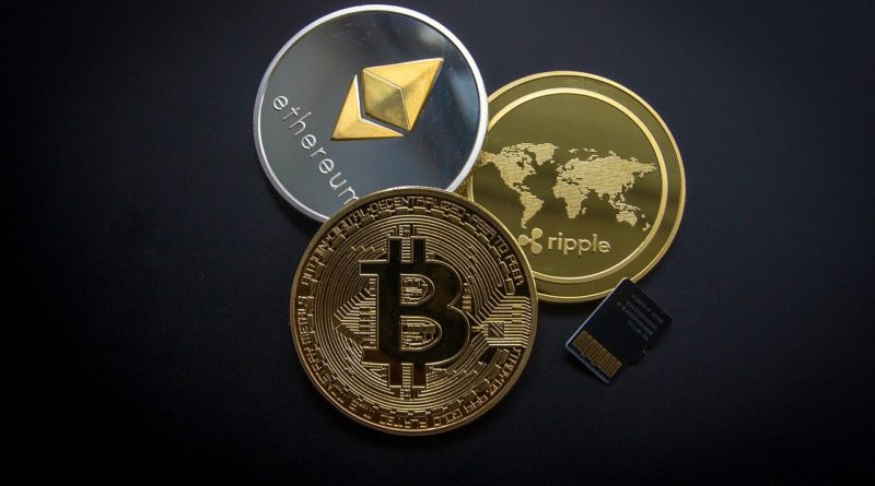 Bitcoin Struggling to be Traded upto $10,700 & will not go above US$ 11,000