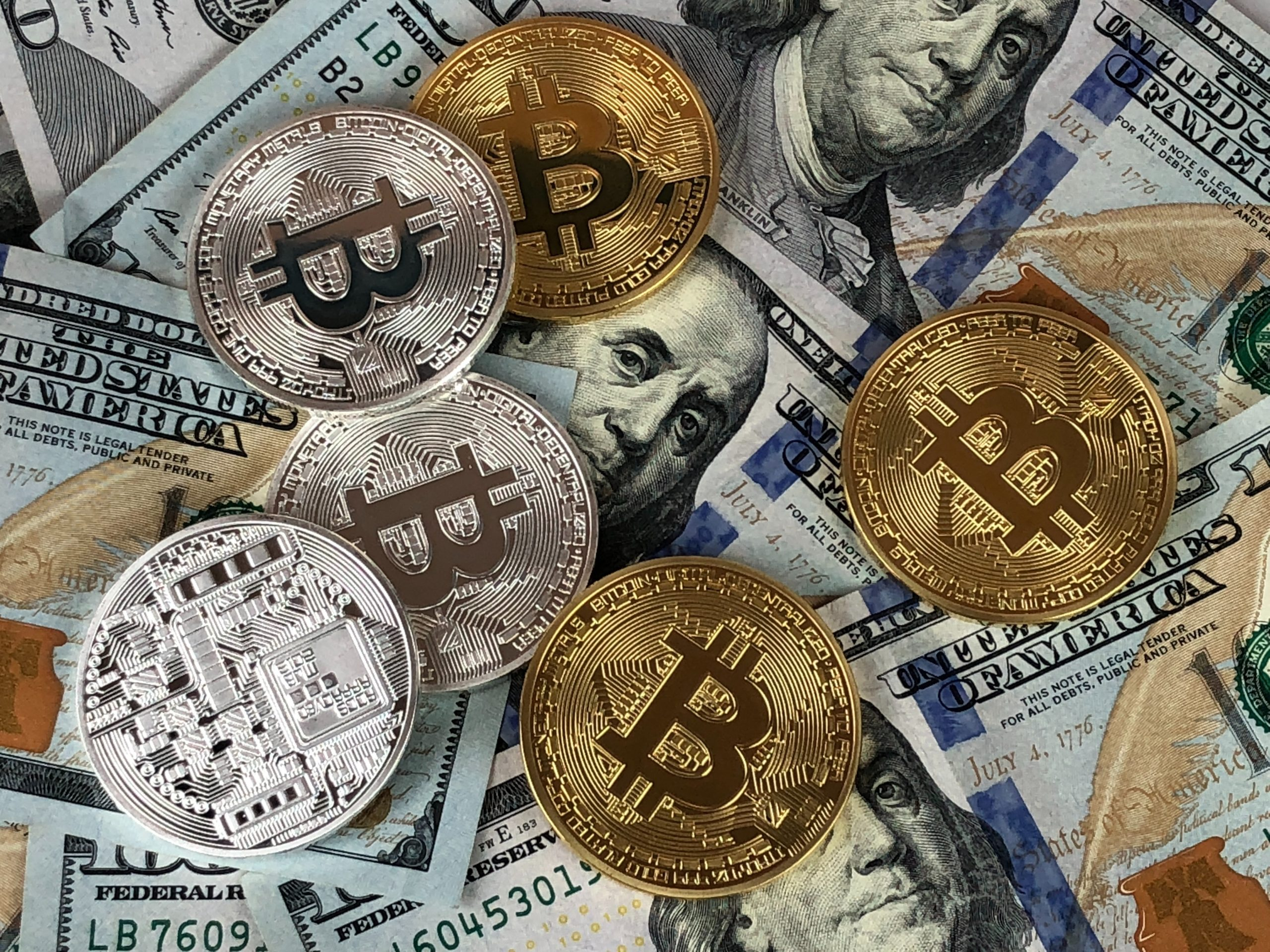 Bitcoin ETP Surges in Volume by 50% with Institutional Investment